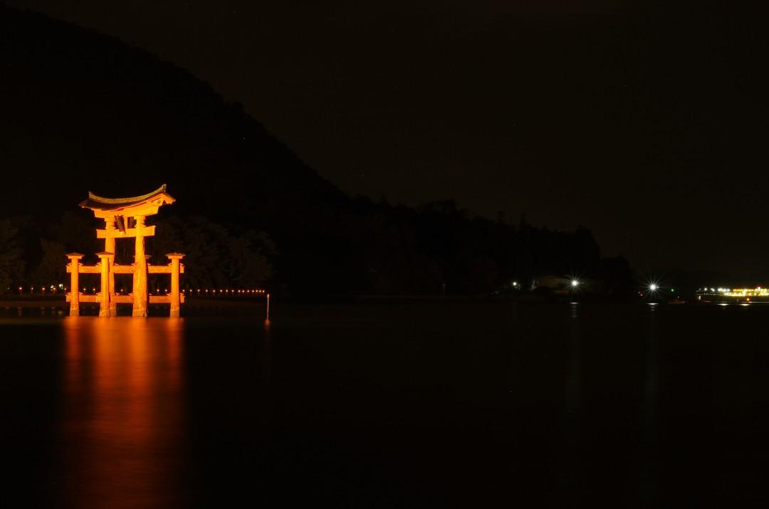 d12 - itsukushima